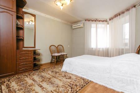 Апартаменты К.Маркса 175а/40к4 в центре Тамбова