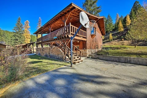 NEW! Kootenai Forest Home: Outdoor Entertainment!