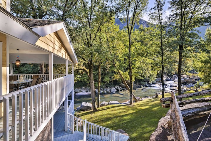 5BR Home on Rocky Broad River w/Stunning Mtn Views