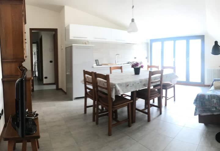 Cozy 2 bedrooms Apartment in new private Villa