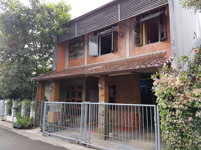 The Brick House -  Specialty week end on Bandung - Cimahi, Bandung - House