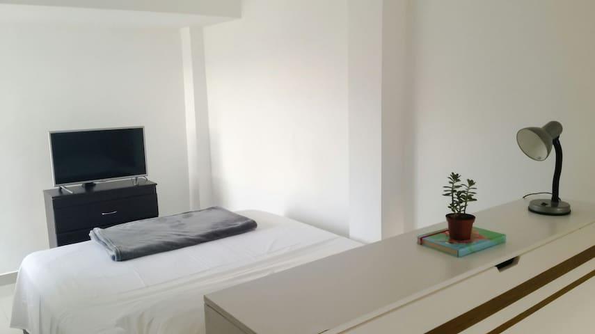 Apartamento  en San Pablo, Cerca al Poblado