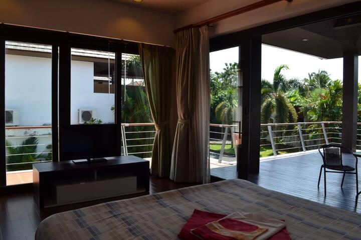Уютная вилла на Банг Тао для большой компании