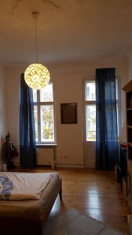Altbauflair - ruhig und mit guter Anbindung - Berlin - Apartment