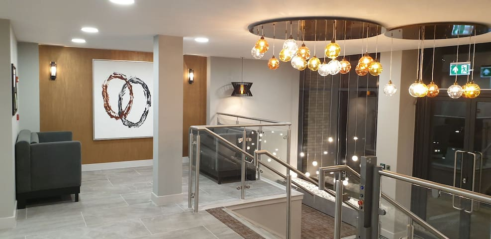 Luxurious one bed apartment in city centre 03