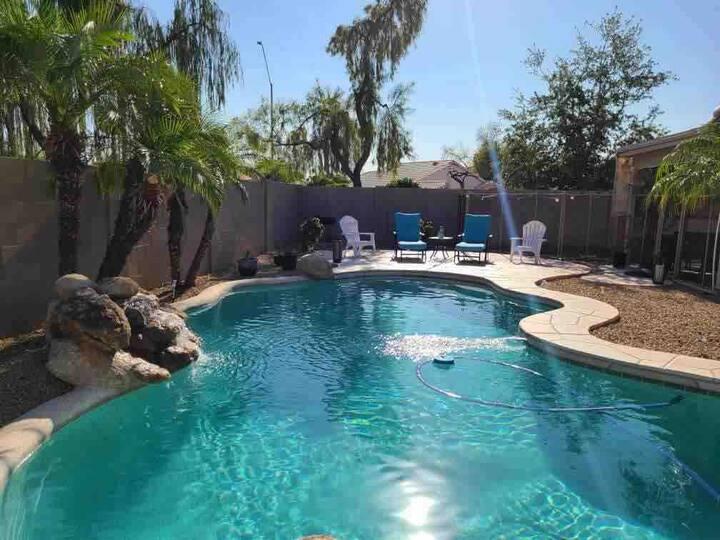 Peoria Pool Pad, Mins from DESERT DIAMOND CASINO!