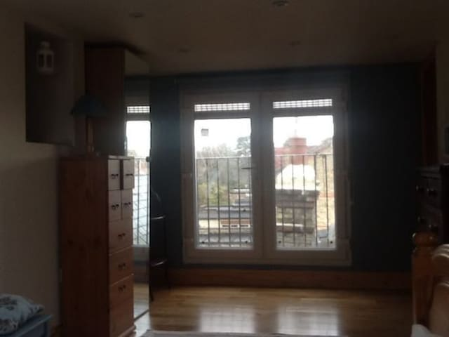 Ensuit-double bedroom-loft - Londra - Ev