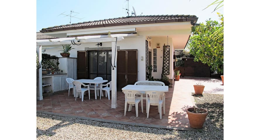 Stefy2- villa 4/6 beds in residence with swimming pool