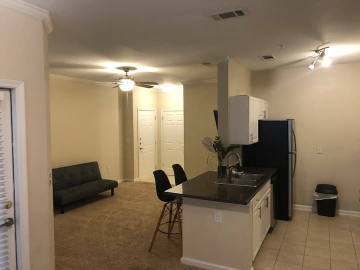 Minimalistic Private Cozy Apartment