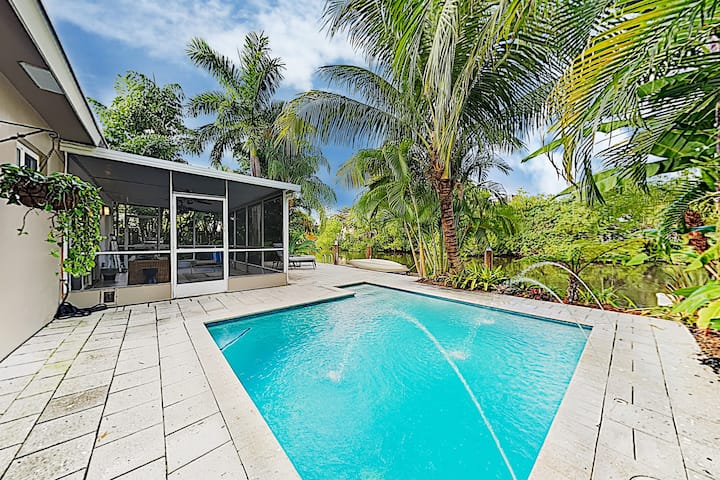 Beach Haven w/ Waterfront Saltwater Pool & Dock