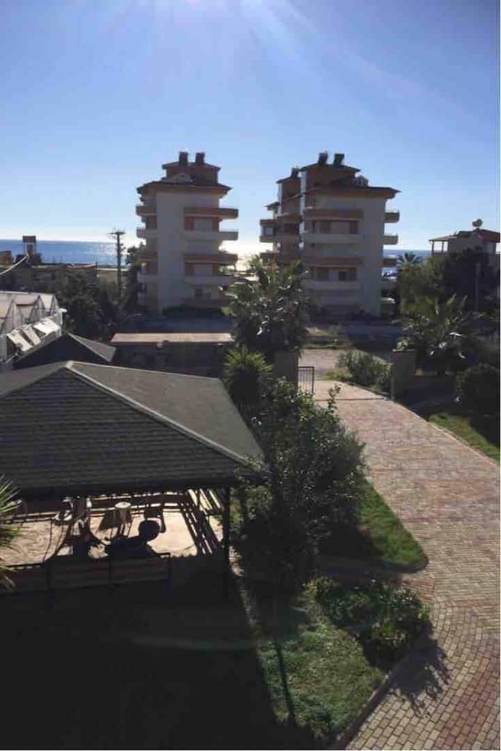 Seaview Apartment 150Meter to beach with highWifi