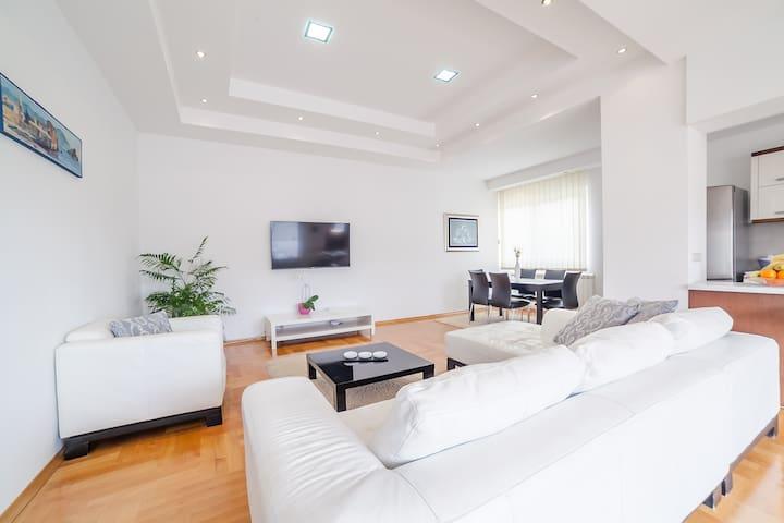 Lux Penthouse Budva - Budva - Apartment