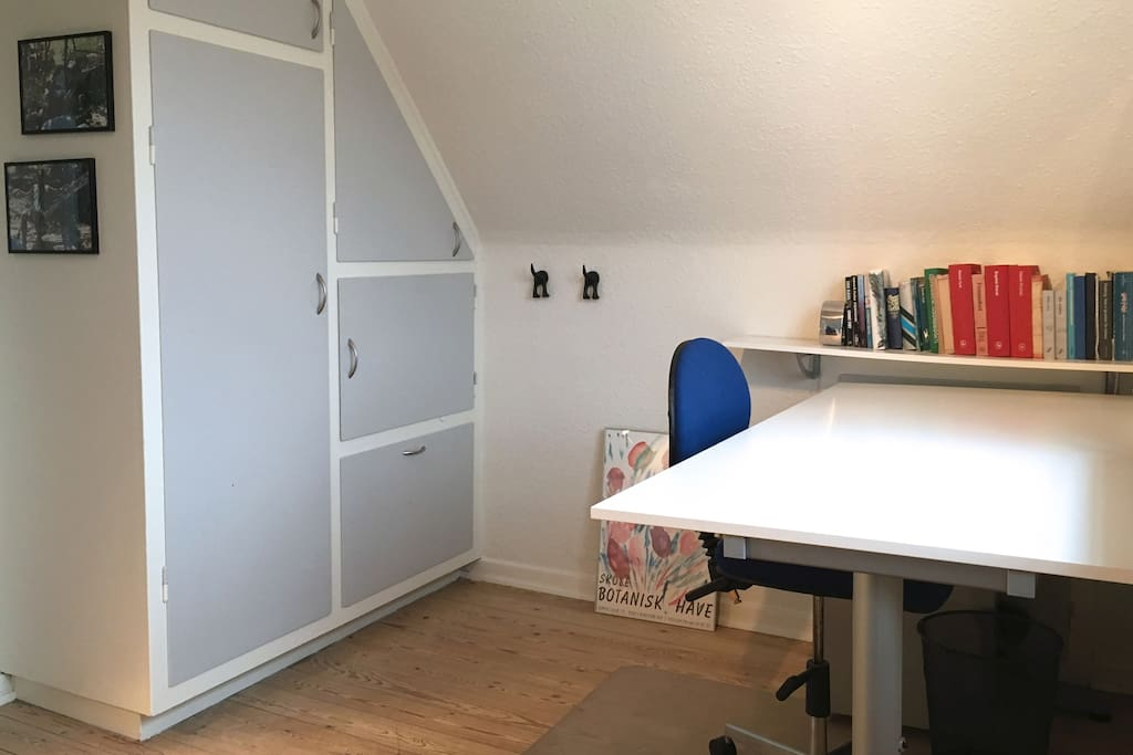 Desk for working or studying in your room