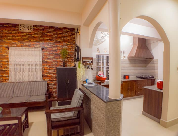Bri Kwei Guest House -Your Home away from Home