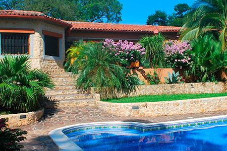 Casa la Colonial -luxury private estate Tamarindo - Tamarindo - House