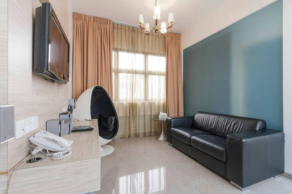 Near Mrt Spacious 1 Bedroom Apartment Ab Apartments For Rent In Singapore Singapore