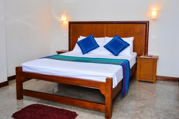 Camarin Residence - Superior Double Room