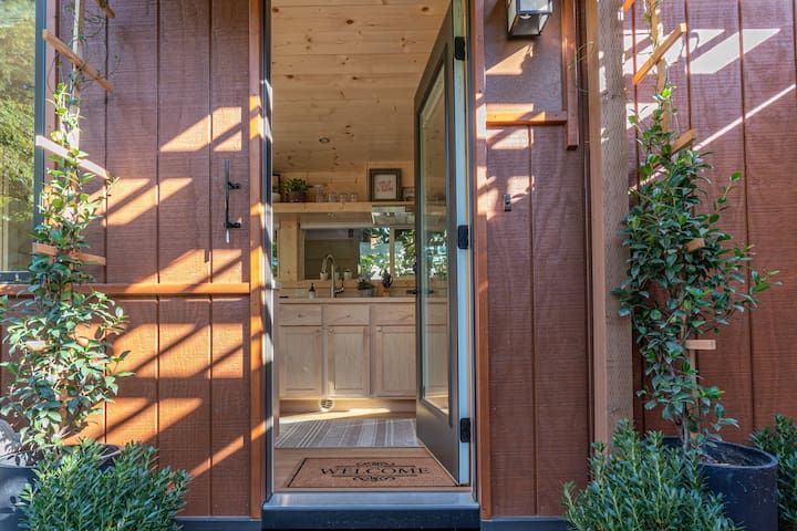 Beaverton Boho Tiny House Escape