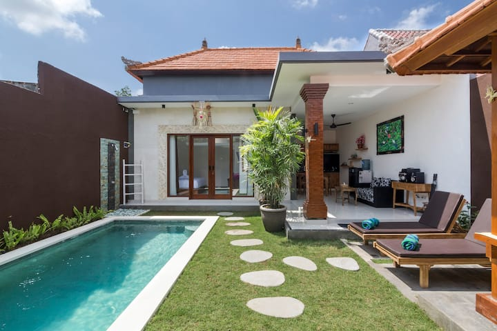 Honeymoon Villa - 1BR - Seminyak