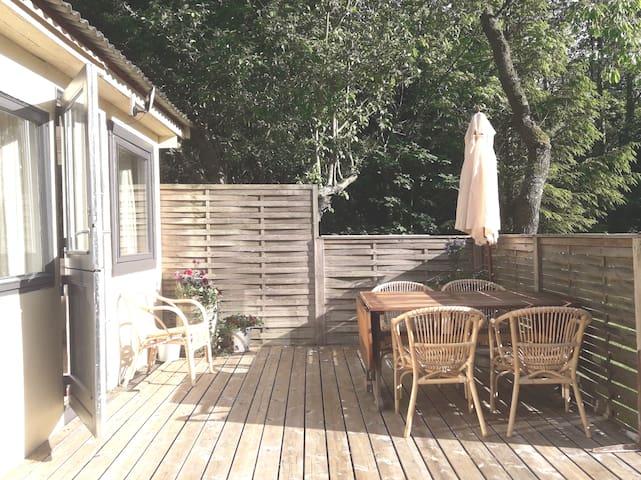 Hyggeligt  sommerhus på Syd Bornholmsk Bondegård