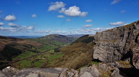 Wales' Highest Village – Trefil.  Beacons/BPWales.