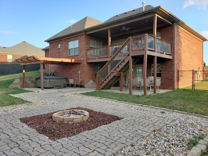 Upstairs only - 3 beds, 2 baths