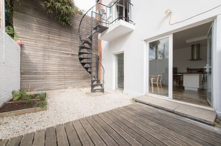 Garden mews in the heart of Dalston - Londres - Casa