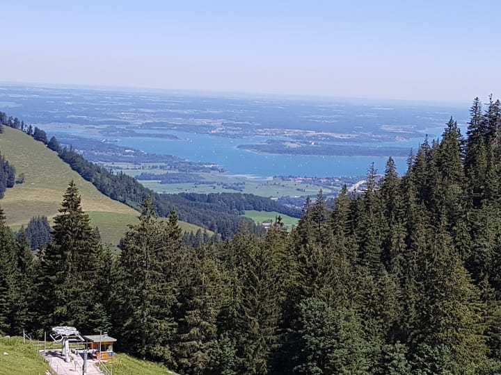 Bergblick und See