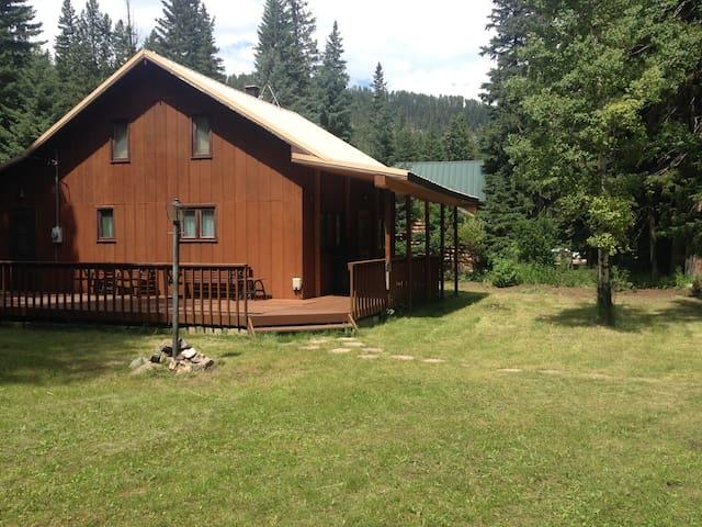 Cabin in Spearfish Canyon, Elmore