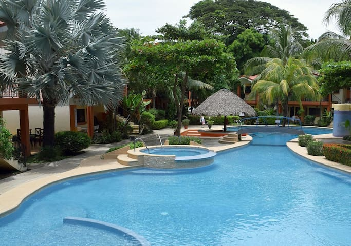 Cocomarindo Vacation, 1 BR, upper floor (46)