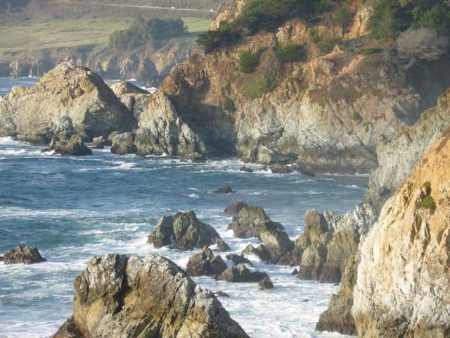 BeeZee's-Beatrice's Coastal Retreat - Marina
