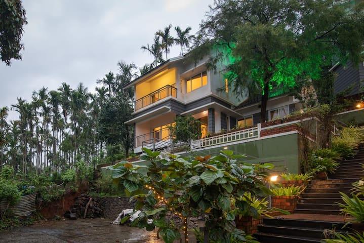 Z Villa Thirteen-2BR @Wayanad with Gorgeous Views
