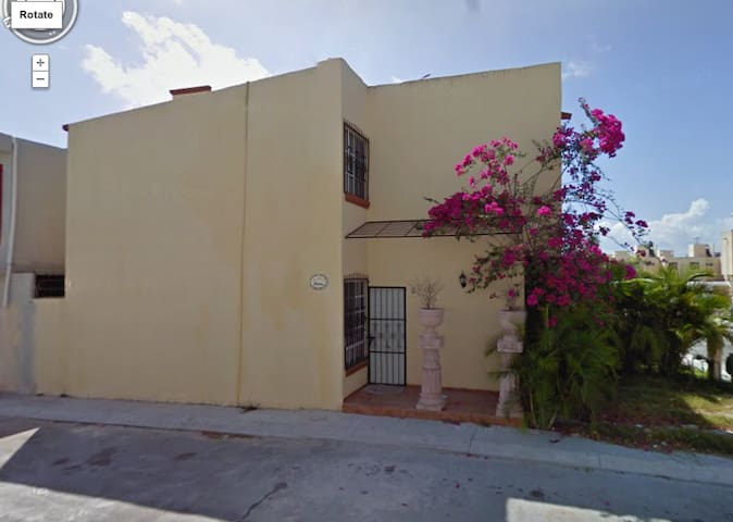 Family 2 Story Town House, Playa del Carmen - Playa del Carmen - House