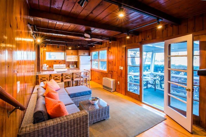 Wellfleet Ocean Side Cottage with Huge Roof Deck - Wellfleet - Maison