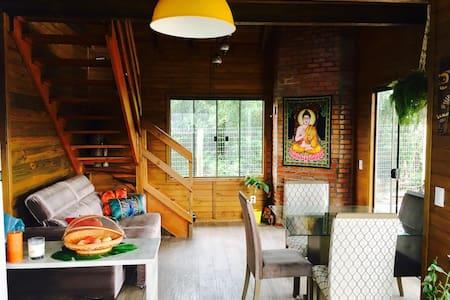 Lindo quarto para casal no Rosa! - 因比圖巴 - 宿舍
