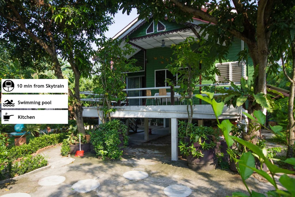 Home sweet home for your family near new skytrain maisons louer bangkok krung thep maha A sprawling modern home in bangkok