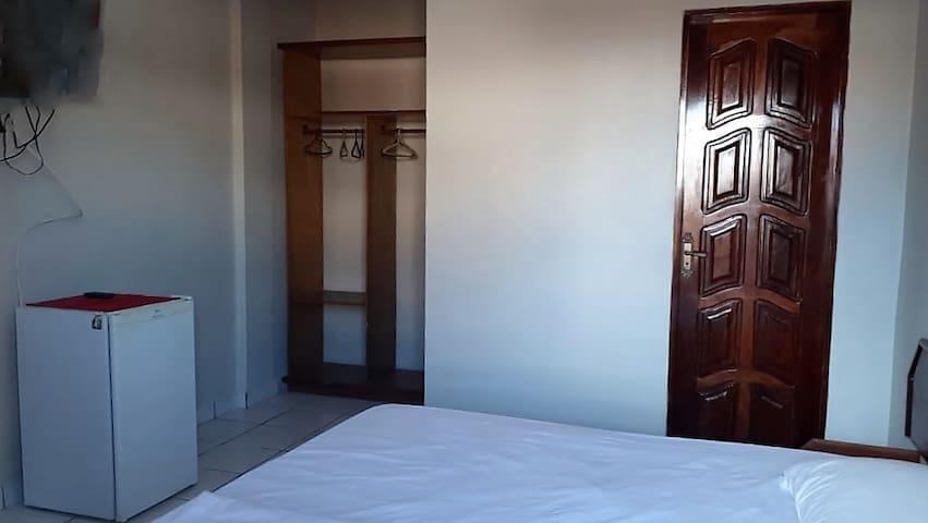 NEW BUSINESS (Aparthotel para 1 pessoa)0109