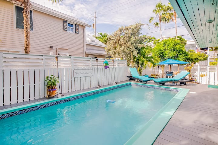 Dog-friendly home w/ large private pool only a short walk to Historic Seaport!