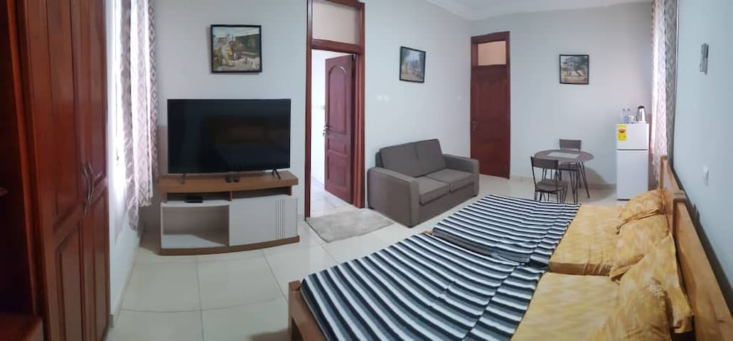Short/long stay rooms in a serviced apartment.