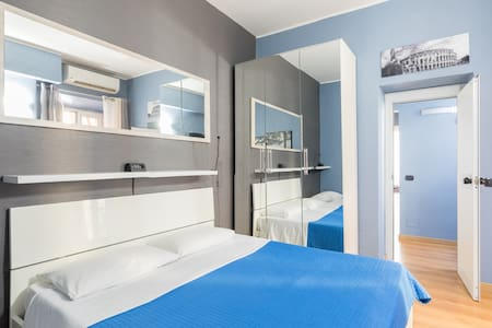 Wonderful Home with Balcony Close to Colosseo!