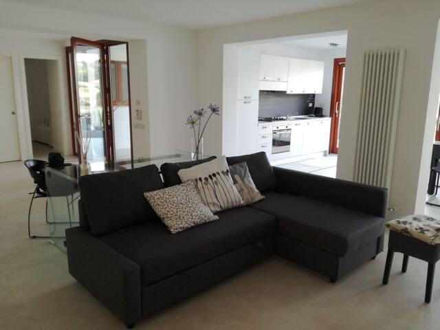 Splendido appartamento zona Parco Conero