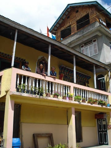 Himalayan Homestay Lachen Sikkim(With Meals)