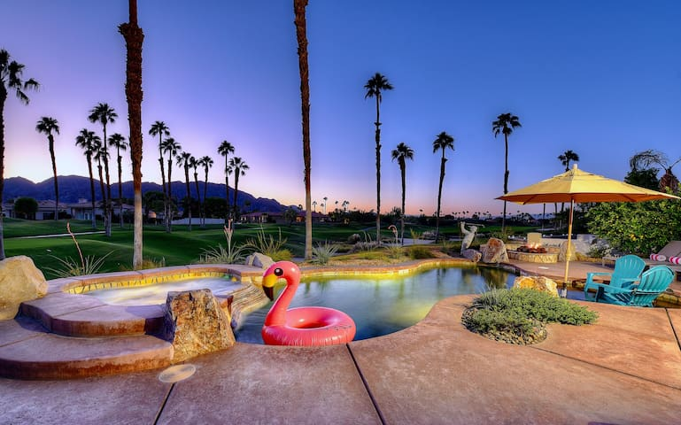 PGA West, relaxing heated pool home with views!