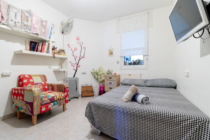 Charming room in a great location