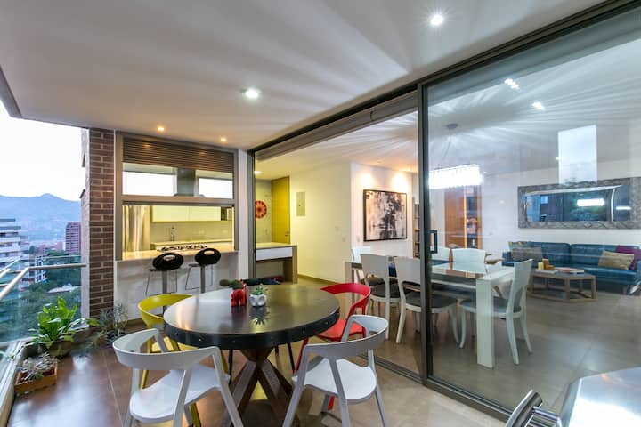 📍Radiant 3 BR✔ Quiet Apt⭐ Modern🖤Balcony Pool🔝