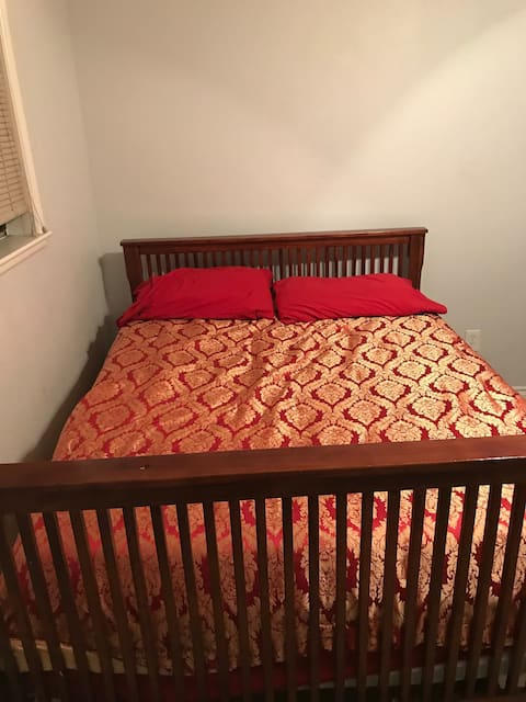 Bedroom for 2 in Fontana - 1