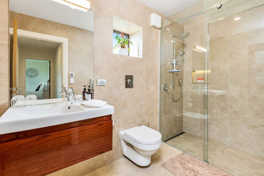 Spacious Luxury Bathroom