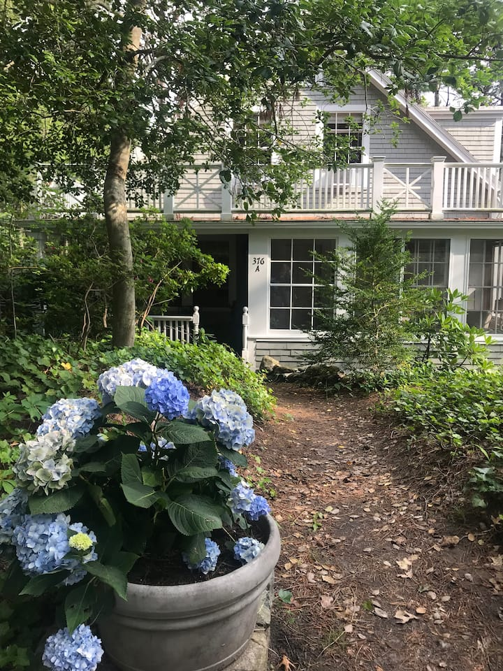 Osterville waterfront retreat 5bed 4bath
