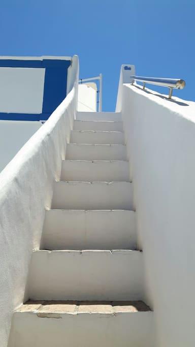 escalier qui mène a la 2me terrace