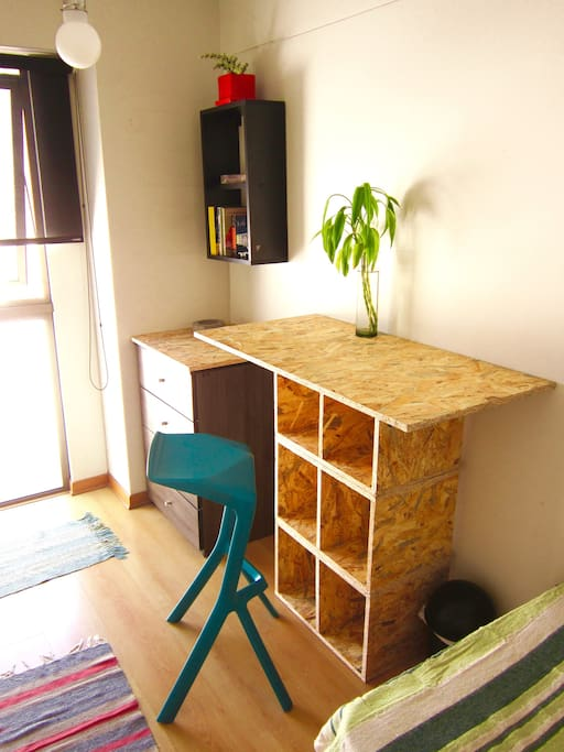 An Eco-friendly desk to organize your time or do some work from here.